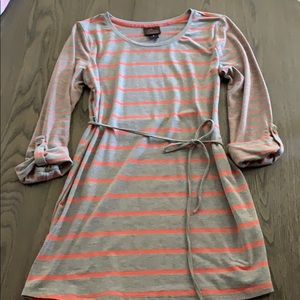 Oh baby Maternity tunic size small